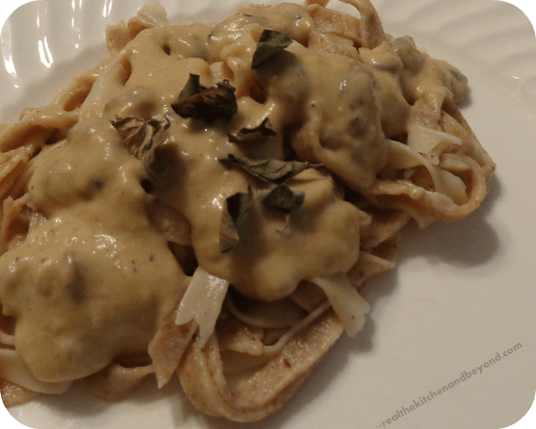 Homemade pasta wth white cheddar sauce, dried mushrooms and oregano #comfortfood #recipes