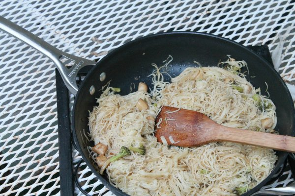 lemon garlic pasta with scallops calphalon pan