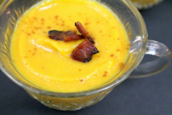 Butternut Squash Soup with Apple and Bacon | www.realthekitchenandbeyond.com