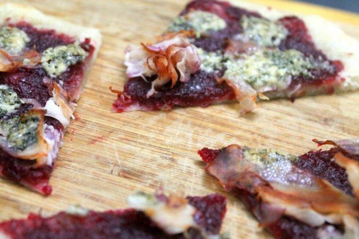 thanksgiving leftovers recipes turkey cranberry flatbread recipe