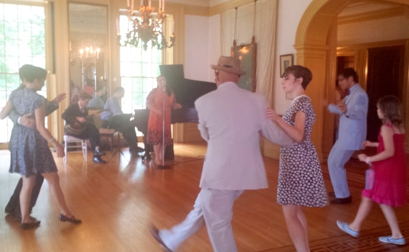 Jazz Age on Delaware Dancing