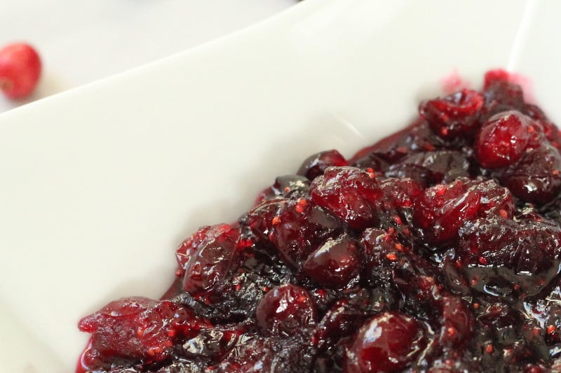 winter spice cranberry sauce