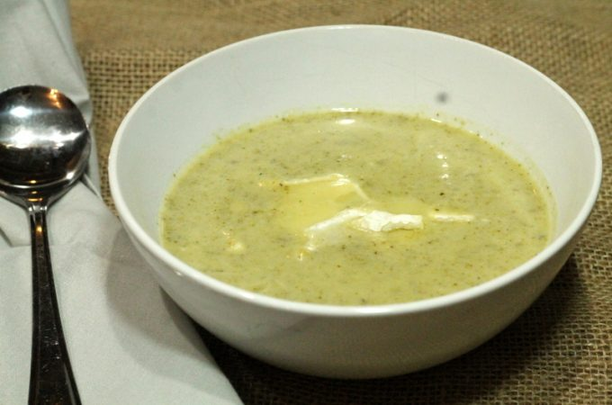 Broccoli Brie Soup (Adaptable for Dairy-free)