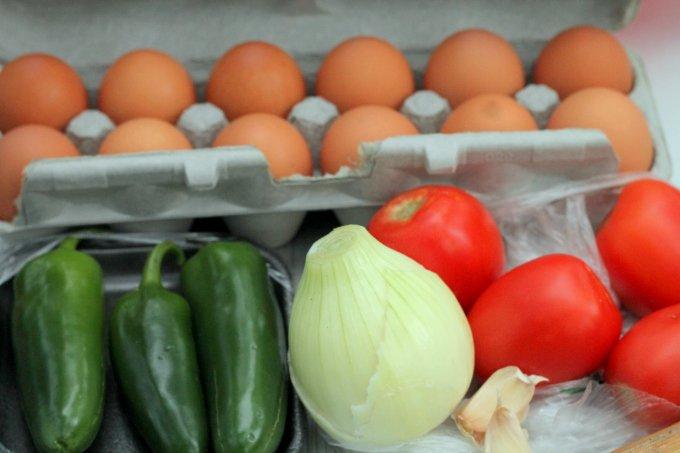 Campfire Roasted Salsa Egg Sandwich Ingredients - eggs, jalapenos, onion, tomato, garlic