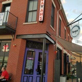 Padavan's NY Restaurant pizza pinball