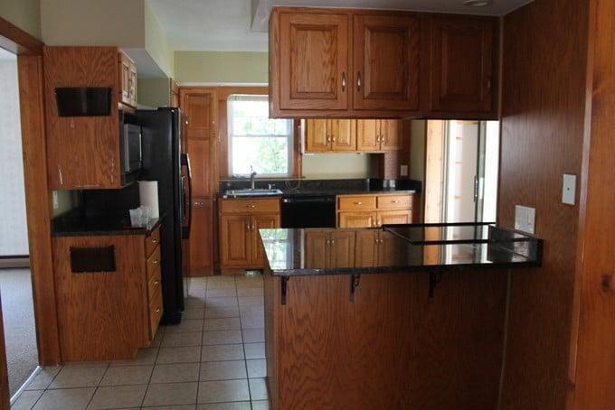 DIY Kitchen Makeover - Before Room