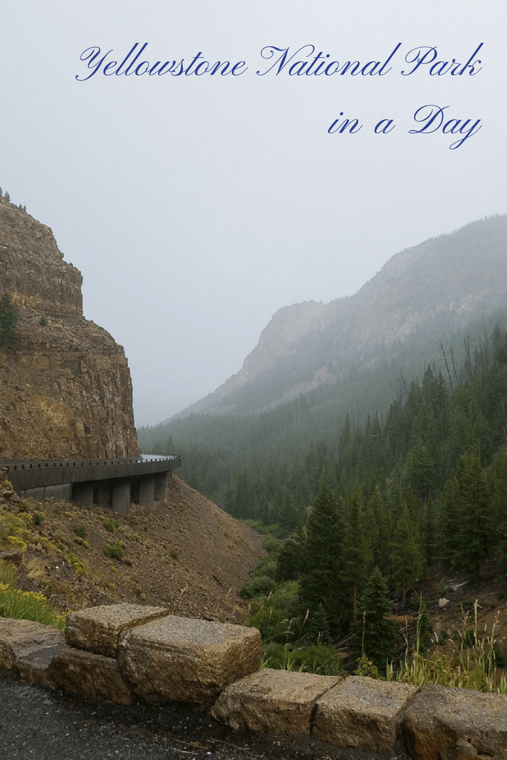 Yellowstone National Park visit in a day on a family road trip or family vacation