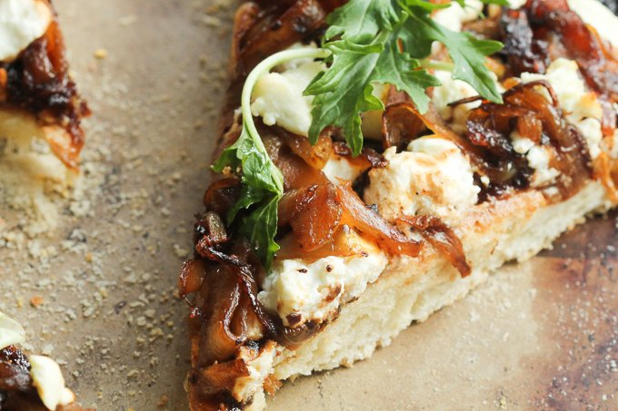 Fig Caramelized Onion Goat Cheese Pizza 4