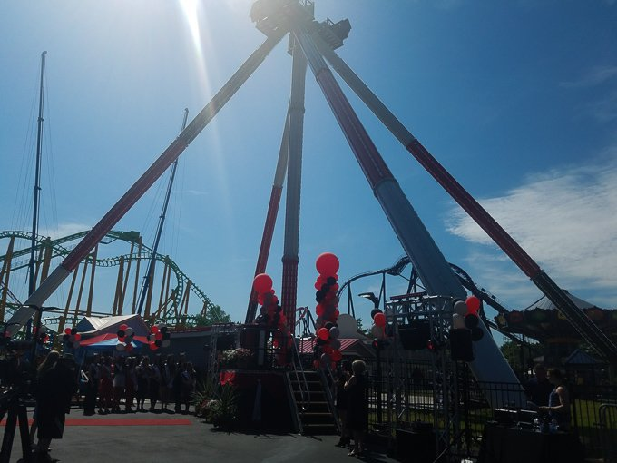 Six Flags New England Harley Quinn Spinsanity