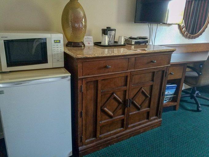 Guest House Inn Enumclaw Amenities