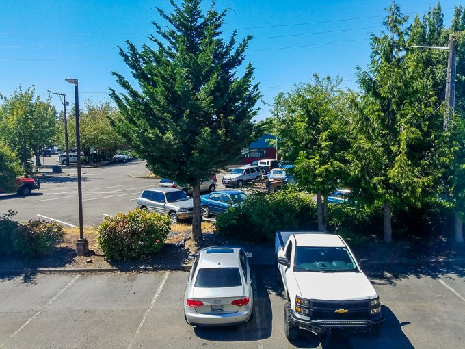 Guest House Inn Enumclaw Parking