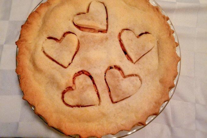 Mama's Homemade Apple Pie